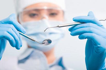 stomatolog-hirurg-1.jpg